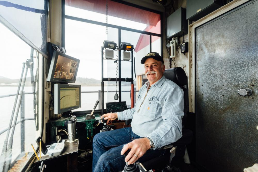 Howard Sullivan, Operator